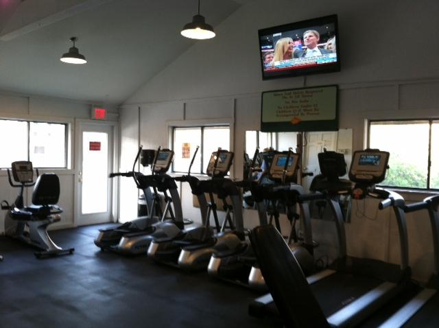 Island Club Gym